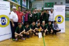Víťazom halového turnaja žiakov sa stal FKM N. Zámky
